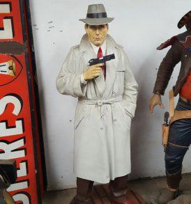 Humphrey Bogart Statue